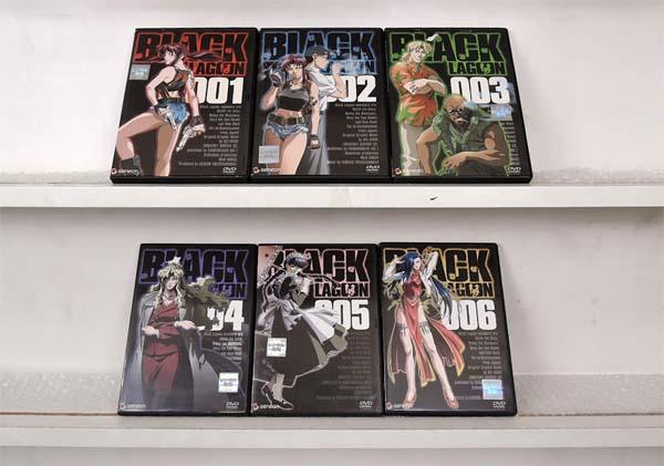 (日焼け)(H)BLACK LAGOON ブラックラグーン 1期 + 2期 + 3期 1~17 (全17枚)(全巻セットDVD)/中古DVD【中古】[アニメ/特撮DVD]