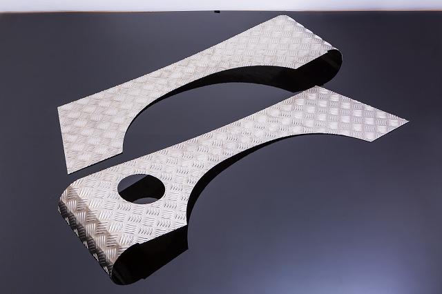 ジムニー ガード パーツ JA11 SJ JA SJ系 リアフェンダーガード バン ワゴン アイテム勢ぞろい A4032 アルミ縞板製 フルガード シートメタルジップ SMZ 品質検査済 用