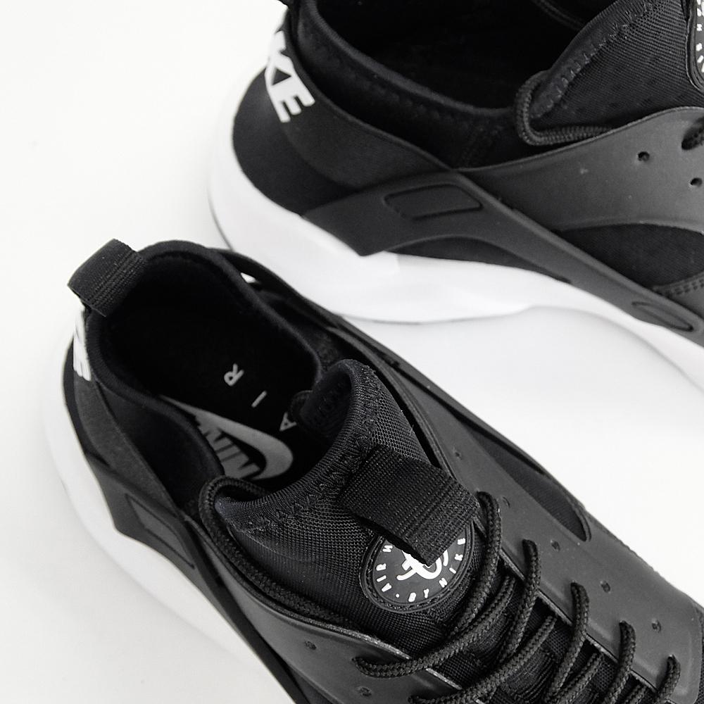 Nike Air Huarache Eseguire Ultra Mercato In Bianco E Nero iIrMP