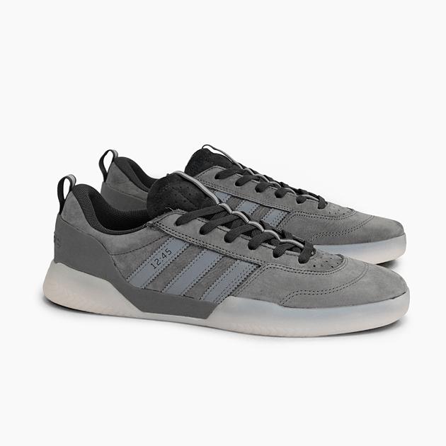 adidas originals bermuda scarpe da ginnastica carbon grey gum