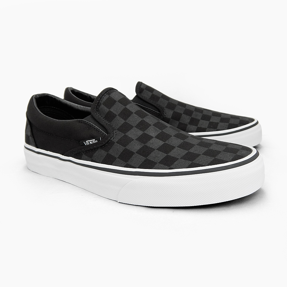 black slip on vans mens