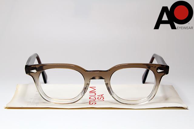 即日発送 American Optical STADIUM 44-24 BROWN FADEアメリカン オプティカル スタジアム メガネ ブラウン 高級品 眼鏡 ウェリントン ヴィンテージ 発売モデル フェード デッドストック USA