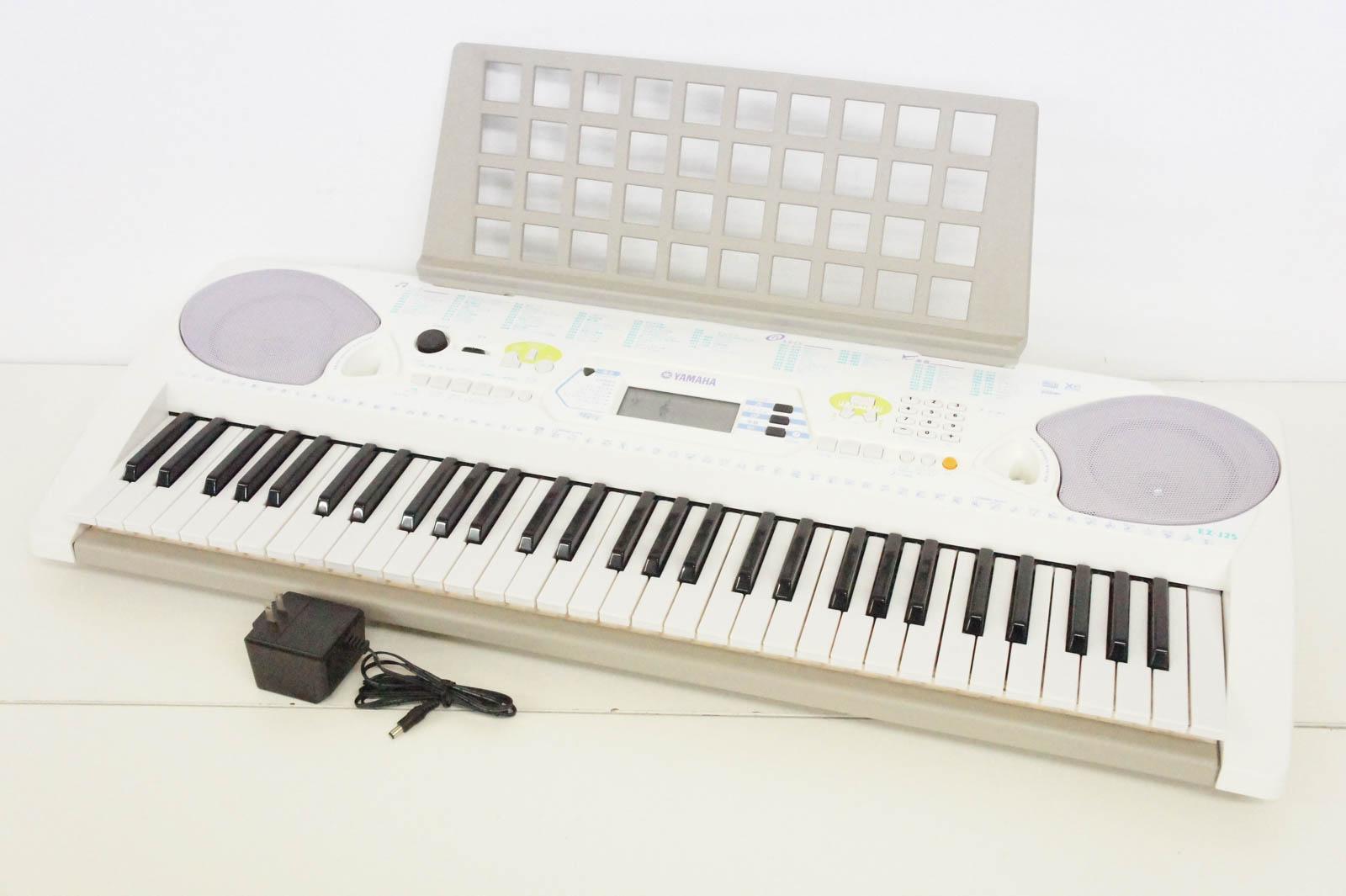 【中古】ヤマハYAMAHA ポータトーンPORTATONE 電子キーボード 61鍵 EZ-J25