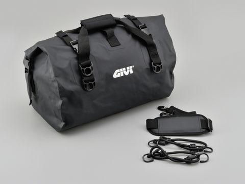 GIVI EA115BK ボウスイバッグ