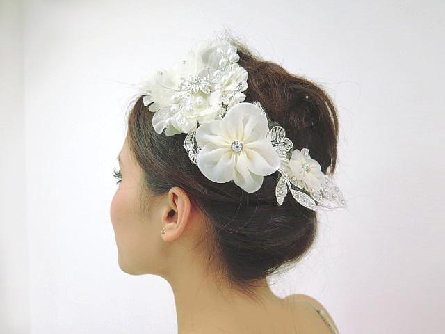 華やかヘアをつくる キラキラお花のモチーフ ☆ベールと合わせてブーケのよう ブライダルヘッドコサージュ メール便対応! パーティーアクセ ステージ·コーラス·カラオケにも!