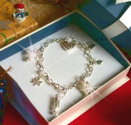 最安値 クリスマス限定!イギリス製スターリングシルバー925☆☆holyチャーム付き☆♪ハートロックブレスレットクリスマスspecial!!ギフトラッピングでお届け!, 禾生 6139448a