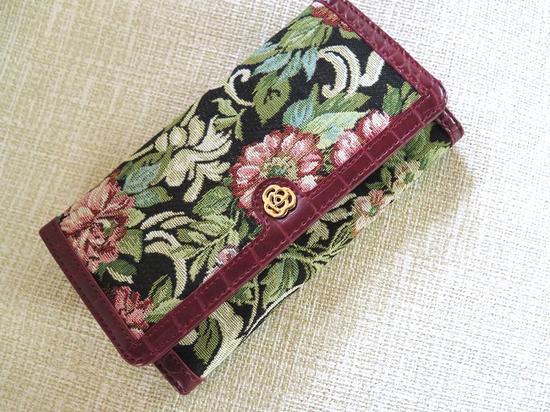 エレガントなゴブラン織たっぷり入る長財布おしゃれロングウォレットシックな柄で高級感たっぷりカードもレシートも仕分け楽々優雅な素材と型押しお洒落れギフト
