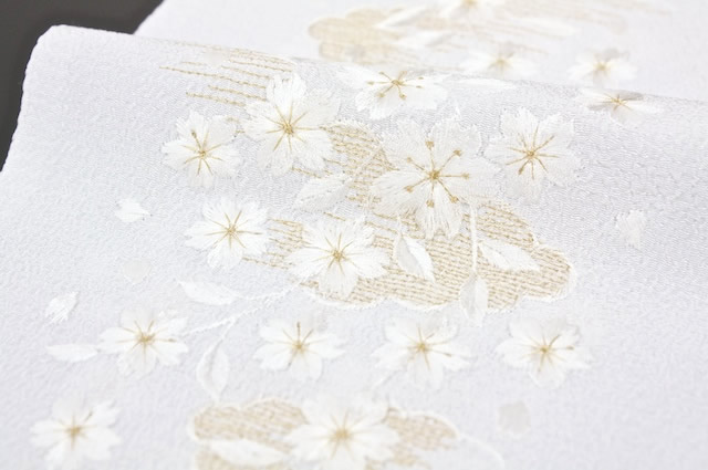 Half-collar Han-ERI white cherry blossom embroidery made in Japan crepe Amiel Teijin materials the use
