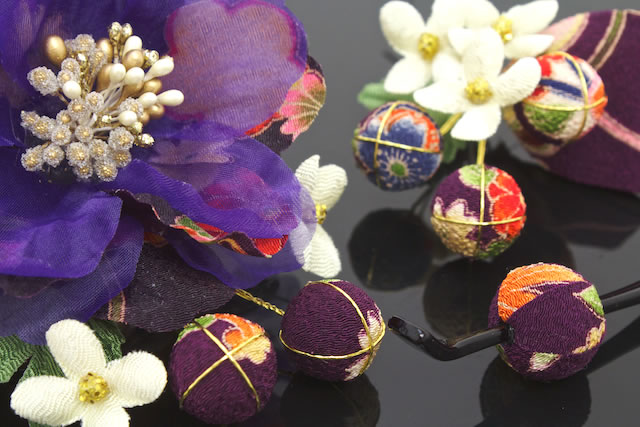 I wave three points of hair ornament set coming-of-age ceremony long-sleeved kimono graduation ceremony hakama petticoat purple sums pattern braid floral hairpin ornamental hairpin kimono hair accessories and display sleeve hair
