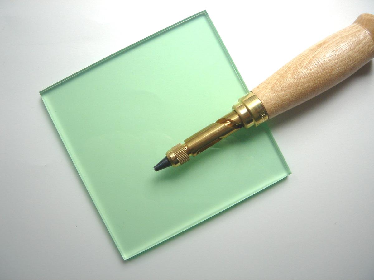 日本製 少量追跡可能メール便OK ビニ板 ※ポンチ本体は附属しておりません カッティングマット100x100x6mmポンチ用 グリーン透明 メーカー公式 上質