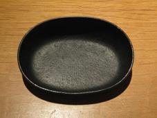 ハイクオリティ 南部鉄製のオリジナル灰皿です 南部鉄器灰皿 横置き N-02 買い物