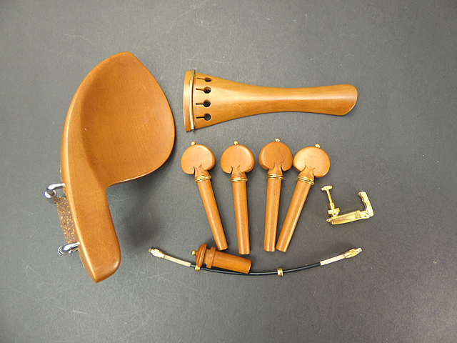 Violin Fitting SetBoxwood Gold 1/4