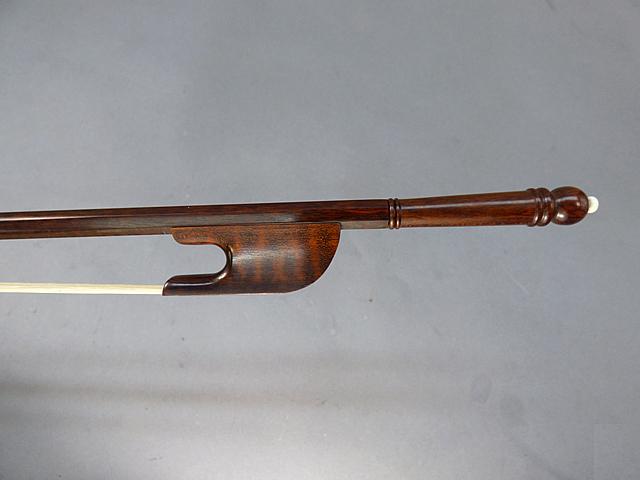 バロック チェロ弓 スネークウッド # 16 Bone-pin screw model