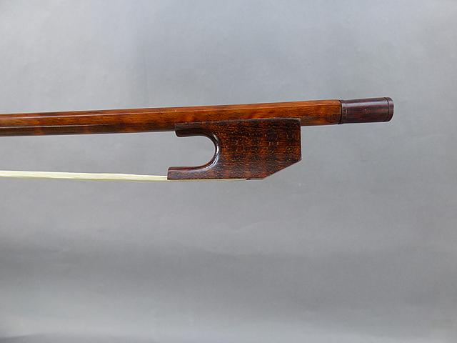 バロック チェロ弓Snakewood Snail Model # 025