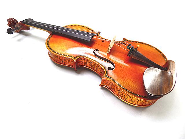 Stradivarius 1679 ヘリエル モデル