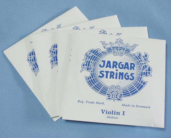 休日 バイオリン弦セット ヤーガー JARGAR 奉呈 Violin STRINGS