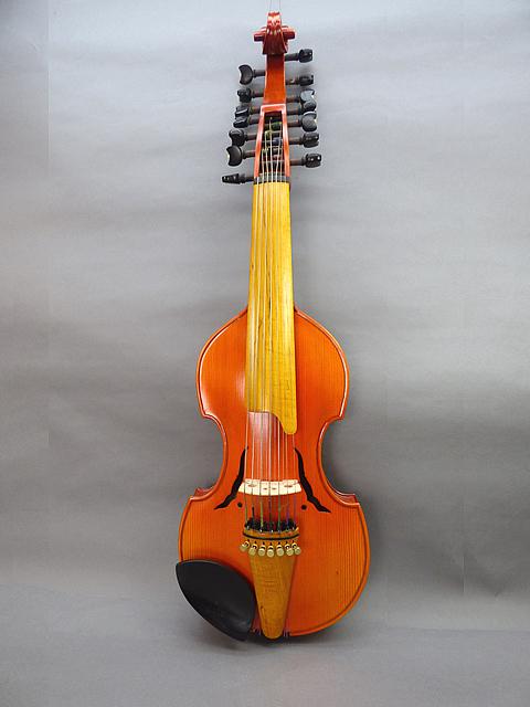 ヴィオラ・ダモーレ Viola d'amore #12バロックスタイル 14 インチ 7X7弦
