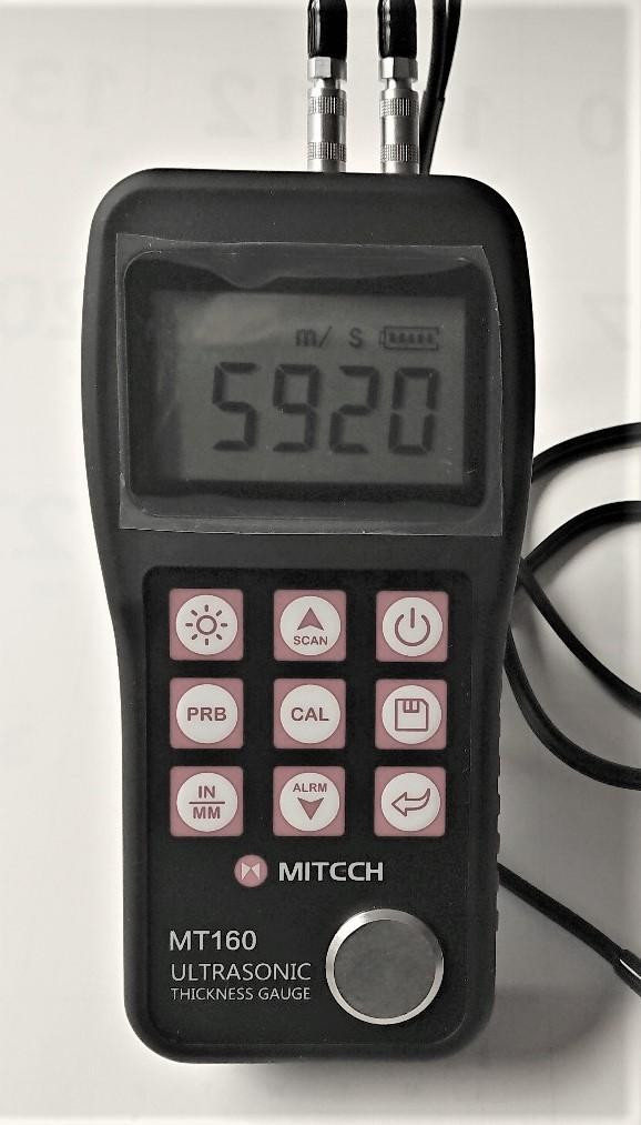 Seasonal Wrap入荷 送料無料 メーカー再生品 高精度超音波厚さ計MT-160と5段階段テストブロックをセットにしました セットで買えば6.000円お得金属 ガラス等の厚さを片面から0.01mmで測定測定 超音波厚さ計MT-160+5段階段テストブロック プラスチック