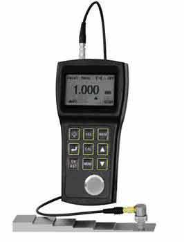 超精密超音波厚さ計TM220 とRB-T4段階段テストブロックをセットにしました セットで買えば6.000円お得 0.001mm表示の精密超音波厚さ計 超精密 超音波厚さ計TM220+RB-Tテストブロックセット 送料無料 専門店 新品