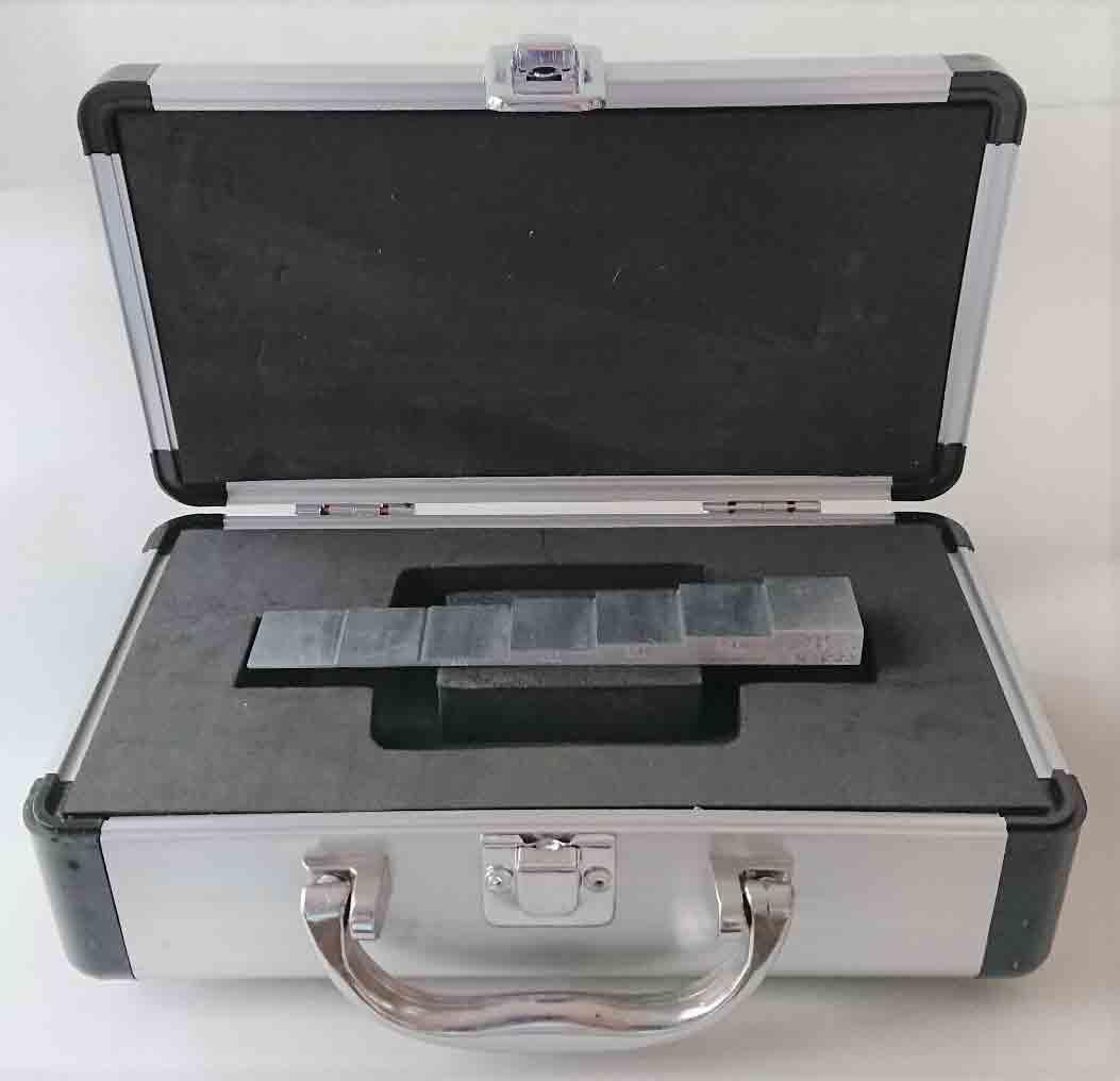 アルミニューム7075 T6製厚さ測定用階段試験片7段、1.0mm-10.0mm