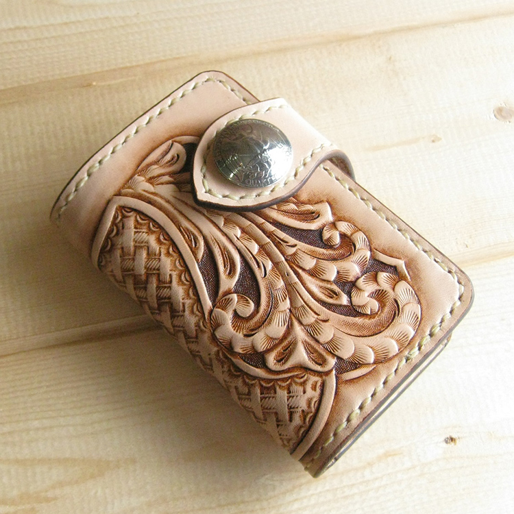 Perfect for gifts! Master craftsmen luxury key holder handmade Concho type leather accessory DAN-C30Cfs3gm