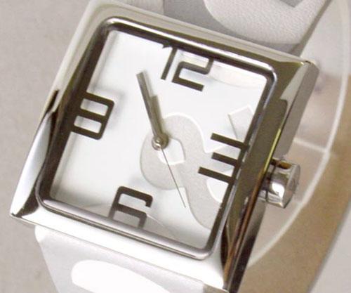 【大人気☆即納】D&G TIME ドルチェ&ガッバーナ ANDY D&Gロゴフェイス時計 DW0036 ホワイト【ラッピング無料】