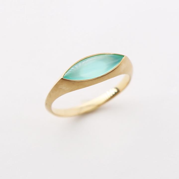 シー ブルー カルセドニー リング 『Sea Blue Chalcedony Ring』 指輪 リング レディース カルセドニーリング 18k 18金 k18 ゴールド 大人 女性 上品 繊細 モダン おしゃれ ring 送料無料 ギフト プレゼント