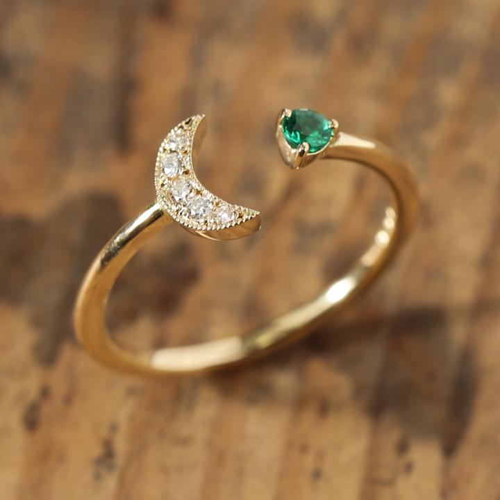 三日月 エメラルド フォーク リング 『Crescent Emerald Ring』 指輪 リング レディース 三日月 フォーク エメラルド k18 18金 18k ゴールド 大人 女性 上品 華奢 繊細 おしゃれ ring 送料無料 ギフト プレゼント