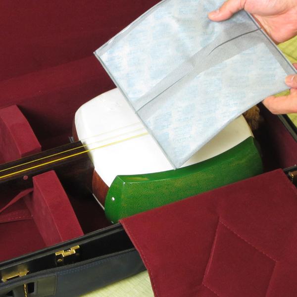 仪器的湿度调节器 m.[Miyabi] (两件),5 箱集三弦琴、 鼓、 竖琴、 太守时代竖琴,二胡,3 线,Kokyu,笛、 尺八、 雅乐文书!