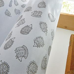 リサ・ラーソン カーテン ハリネズミ 巾100×丈178cm(1枚入)【QL6003-95・QL6003-20】 LISA LARSON 柄 モダン レトロ モダン 子供部屋 カーテン 綿 カーテン 北欧  リサラーソン カーテン