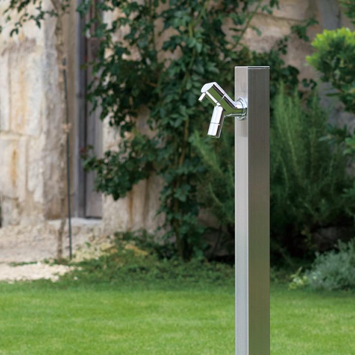【水栓柱】【立水栓】モダンなシルバーの立水栓「アクアルージュ:ヘアライン」専用蛇口付きの1口タイプ【送料無料】