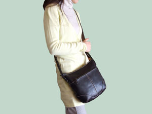 鞄職人が作る本革ショルダーバッグNo.1102【送料無料】【smtb-k】【ky】