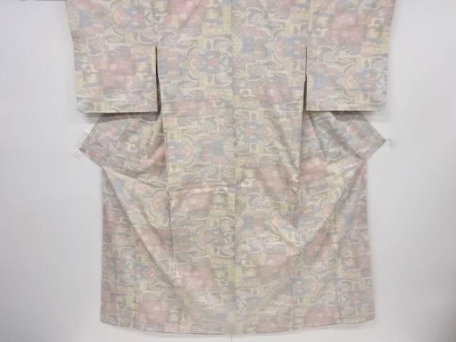 幾何学模様織り出し本場白大島紬着物(5マルキ)【リサイクル】【中古】【着】 宗sou