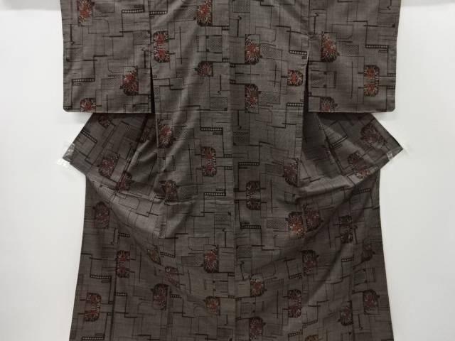 未使用品 仕立て上がり 幾何学に草花模様織り出し本場泥大島紬着物(5マルキ)【着】 宗sou