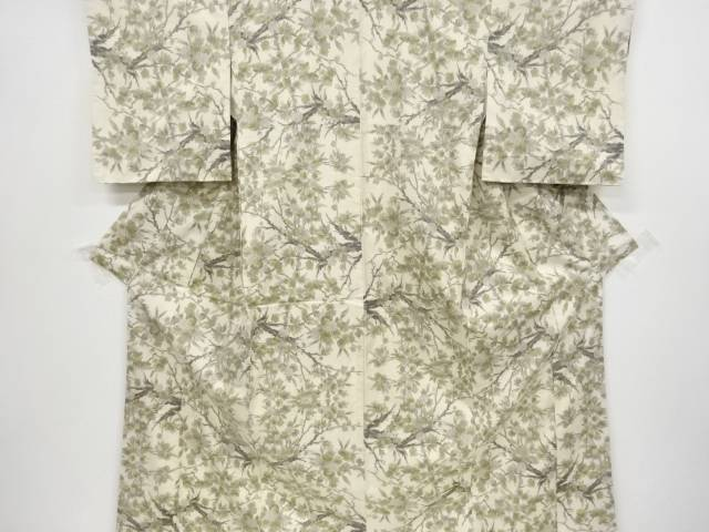 枝花模様織り出し本場白大島紬着物(5マルキ)【リサイクル】【中古】【着】 宗sou