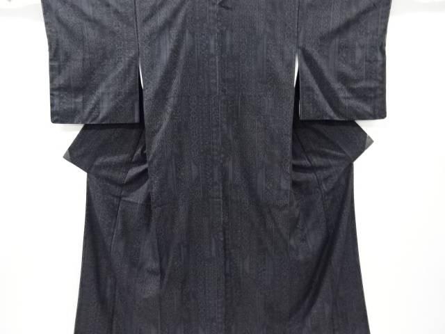 未使用品 仕立て上がり 幾何学模様織り出し手織り紬着物【着】 宗sou