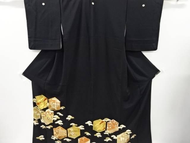 金彩亀甲に御所車・群鶴模様刺繍留袖(比翼付き)【リサイクル】【中古】【着】 宗sou