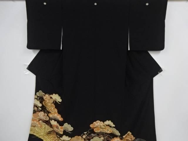 金彩笠松に菊模様刺繍留袖(比翼付き)【リサイクル】【中古】【着】 宗sou