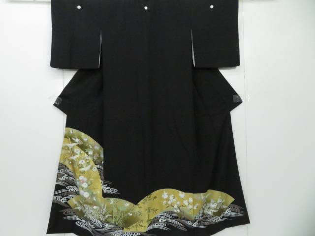 黒留袖 金駒刺繍 波頭に地紙花鶴文 着物【リサイクル】【中古】【着】 宗sou