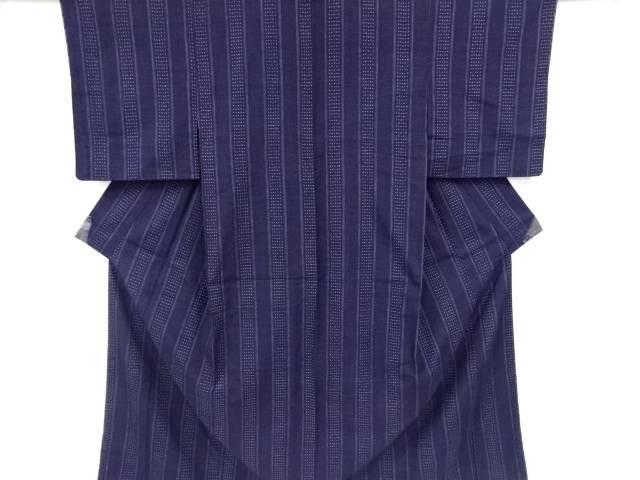 縞に十字絣織り出し手織り真綿紬着物【リサイクル】【中古】【着】 宗sou