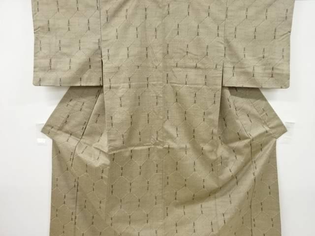 激安格安割引情報満載 ●日本正規品● 茶道具 茶道 着物 亀甲模様織り出し手織り紬着物 リサイクル 中古 宗sou 着