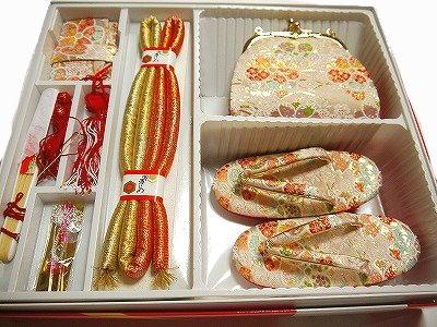 七五三お祝い 女児 最高級 箱迫 はこせこ 6点セット 3D 3歳用 金襴 ゴールド 梅や桜など