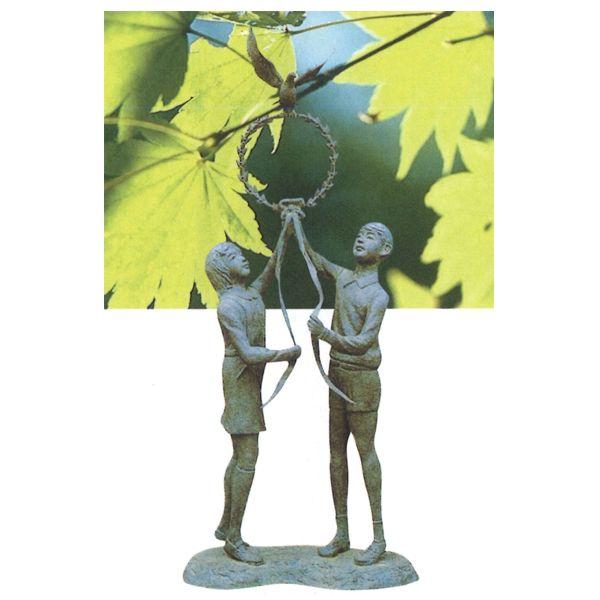 ブロンズ像 少年・少女像 5尺7寸 栄光の像