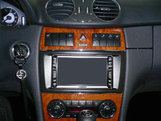 【送料無料】MB209A2D05A pb(ピービー)メルセデス・ベンツ Mercedes-Benz CLKクラス用2DIN取付キット 純正オーディオ・ナビ付車用(主に並行輸入車用) 【オーディオ/ナビゲーション/取付/キット/インストール】
