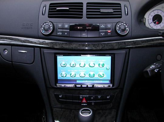 【送料無料】MB211A2D05A pb(ピービー)メルセデス・ベンツ Mercedes-Benz CLSクラス/Eクラス用2DIN取付キット 純正DVDナビ(SDスロット無し)付車用 【オーディオ/ナビゲーション/取付/キット/インストール】