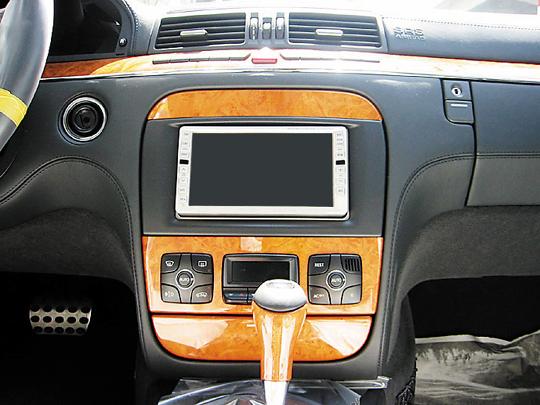 【送料無料】MB220A2D03B pb(ピービー) メルセデス・ベンツ mercedes-benz CLクラス/Sクラス用2DIN取付キット 純正オーディオ・ナビ付車用 【オーディオ/ナビゲーション/取付/キット/インストール】