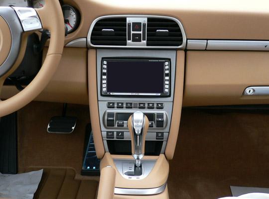 【送料無料】PR997A2D05A pb(ピービー)ポルシェ Porsche 911/ボクスター/ケイマン用2DINキット 純正オーディオ付車用 (シルバーパネル) 【オーディオ/ナビゲーション/取付/キット/インストール】