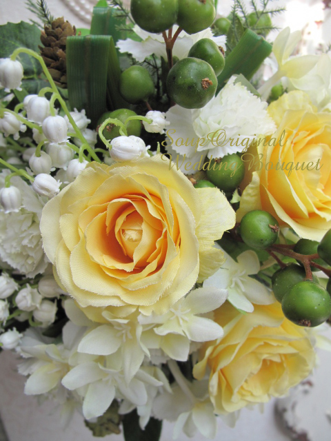 Artificial flower soup rakuten global market and the yellow rose on the set with a boutonniere boutonniere is the magnet type a size height 25 cm width 25 cm depth 15 cm material artificial flowers and ribbon mightylinksfo