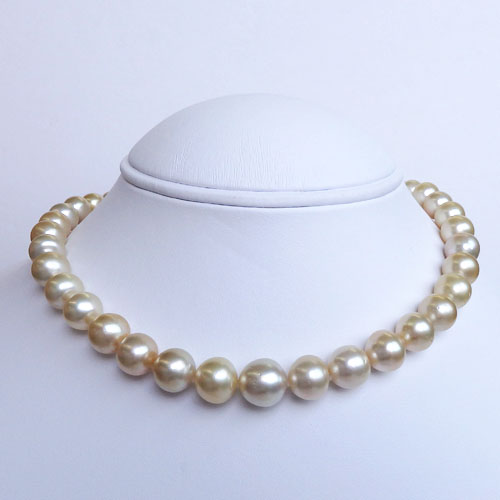 南洋真珠(白蝶真珠)ネックレス ライトイエローカラー 【金属アレルギー対策可能】