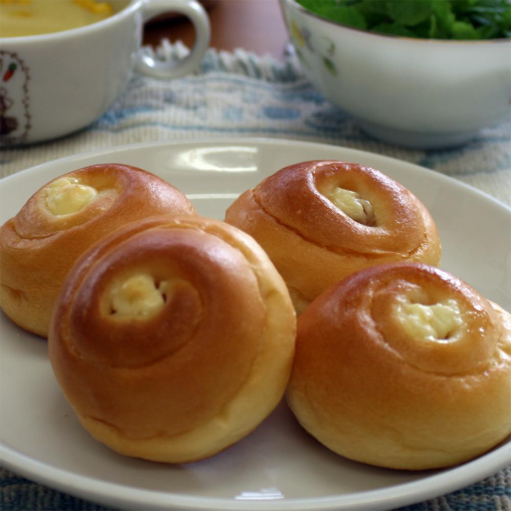 ウインナーロールパン(1個約18g)4個入りセットお子様のおやつにワインのおつまみにも最適です。 ウインナー ロール パン 無添加 安心 冷凍パン 菓子パン 手作り 調理 惣菜パン 一口サイズ ギフト のし 簡単解凍 詰め合わせ